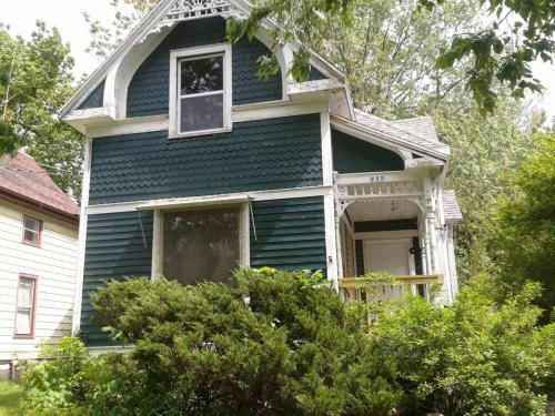 635 W 9th Street Photo 1