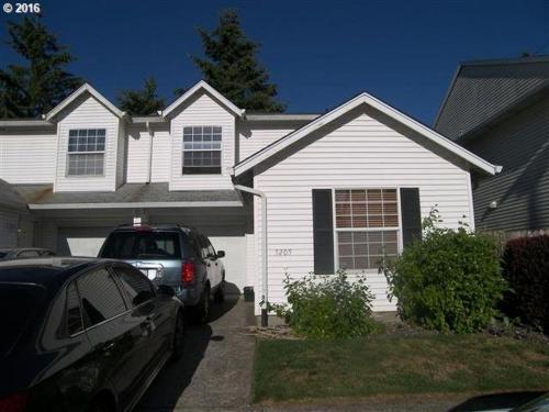 5205 NE 85th Avenue Photo 1