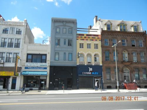 8xx N Broad Street Photo 1
