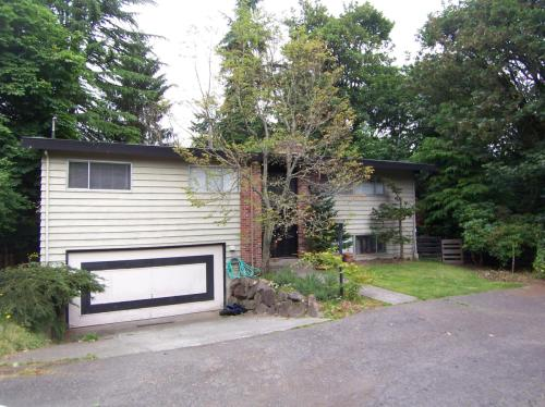 4312 NE 85th Street Photo 1