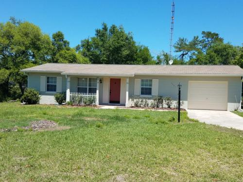3051 SW 137th Place Photo 1
