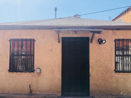 2345 Wilma Avenue Photo 1