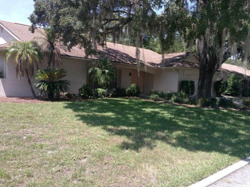 8505 Forest Glade Drive Photo 1