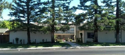 4400 Belle Terrace #E Photo 1