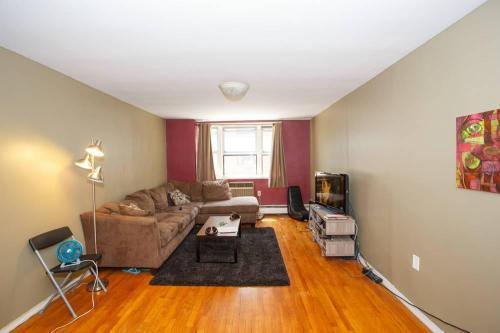 9904 57th Avenue Photo 1