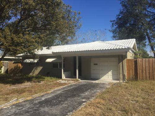 10538 Azalia Drive Photo 1
