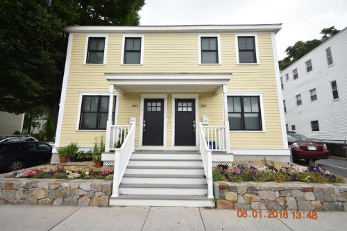 459 Somerville Avenue Photo 1