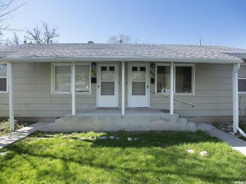 812 E Gregson Avenue Photo 1