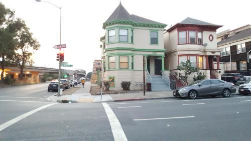603 Madison Street #B Photo 1