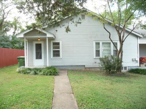 1408 Highland Avenue SE #1 Photo 1