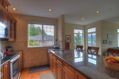 3500 E Lake Sammamish Parkway SE Photo 1