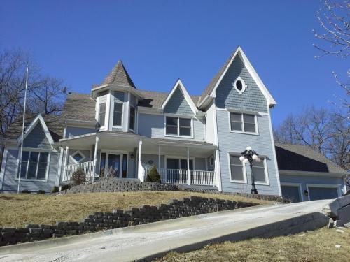 3804 Garland Avenue Photo 1