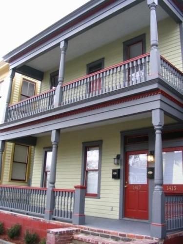 1417 Barnard Street Photo 1