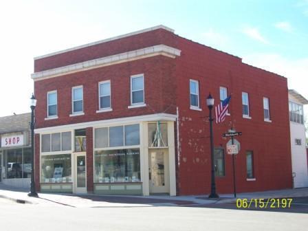 102 S Prairie Street Photo 1