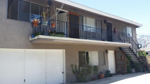 235 Coronado Avenue #4 Photo 1