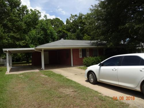 213 Rosewood Drive Photo 1