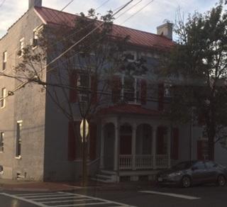 142 N Washington Street Photo 1