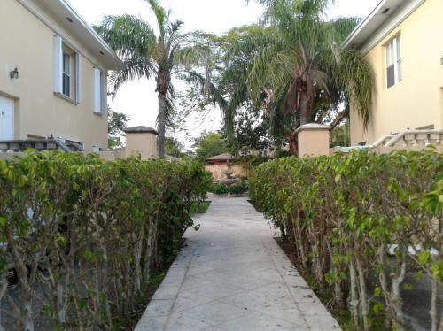3401 Franklin Avenue #A1 Photo 1