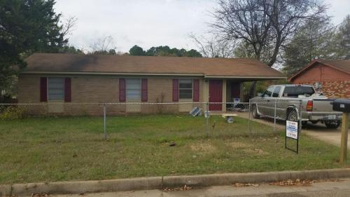 409 Conroe Street Photo 1