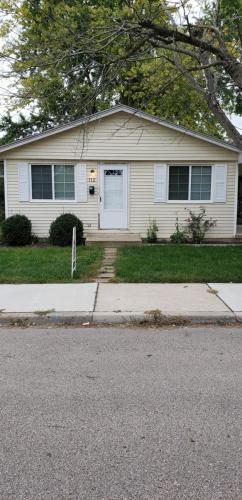 112 E Shannon Avenue Photo 1