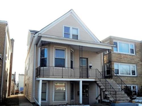 5227 W Roscoe Street Photo 1
