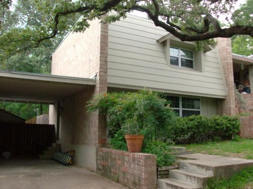 808 Milam Place Photo 1