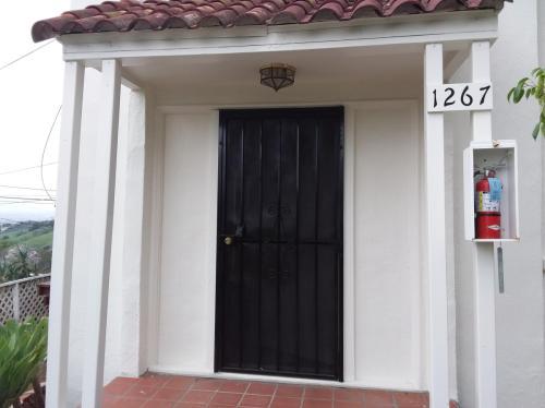 1267 Montecito Drive Photo 1