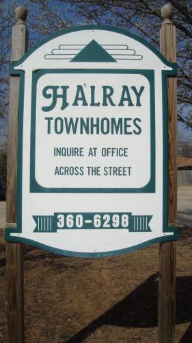 900 Halray Drive Photo 1