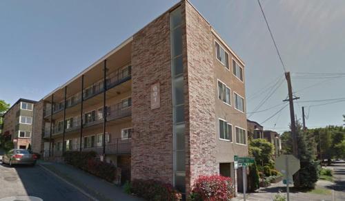 601 E Roy Street #302 Photo 1