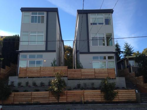 3025 21st Avenue W Photo 1
