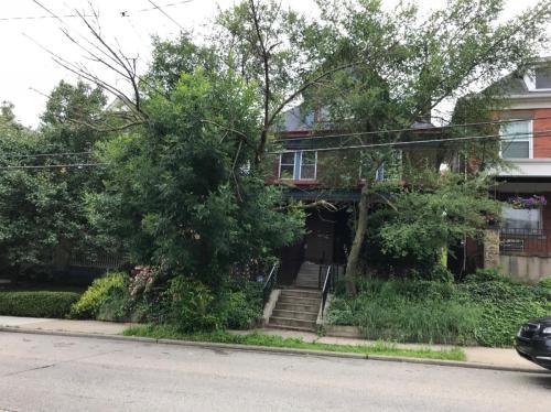 976 Greenfield Avenue #2 Photo 1