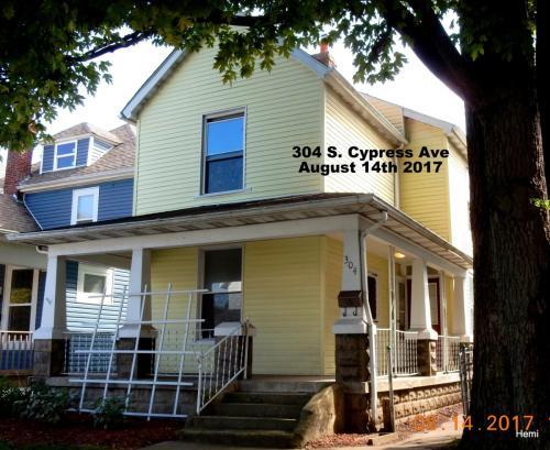 304 S Cypress Avenue Photo 1