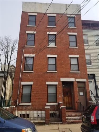 288 7th Street #2 Photo 1
