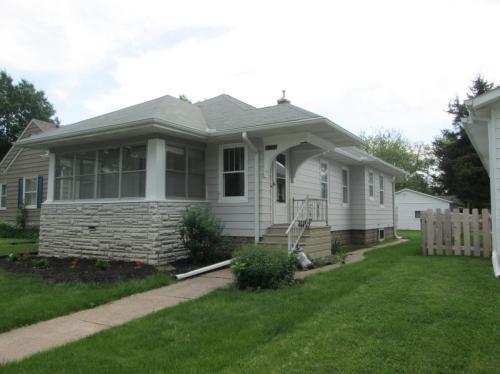 2755 E Pleasant Street Photo 1