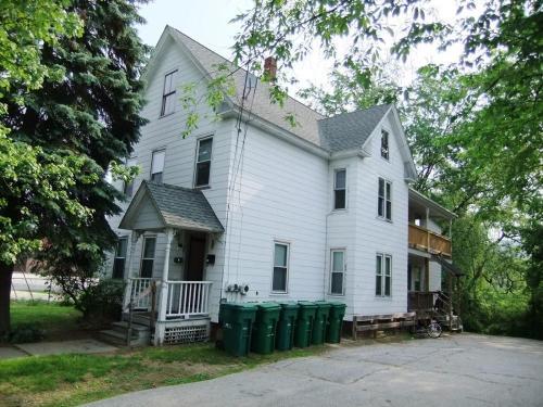 66 Adams Street Photo 1