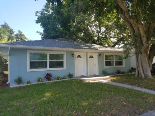 430 Orangewood Drive Photo 1