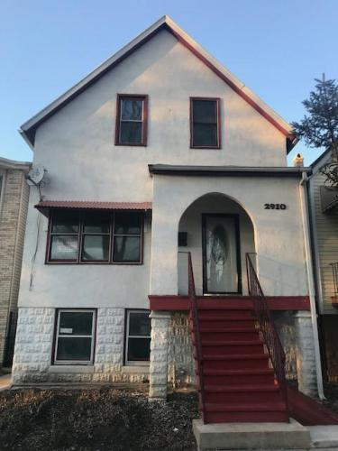 2910 W 39th Place Photo 1