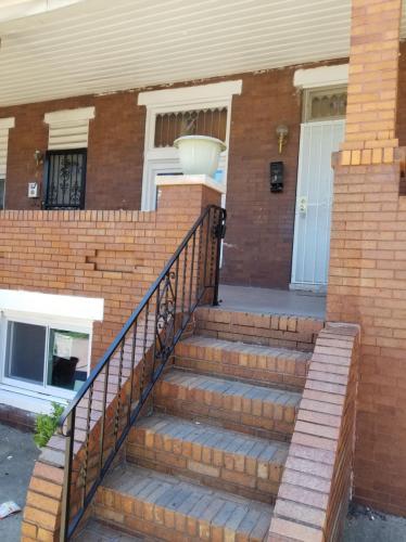 516 N Ellwood Avenue Photo 1