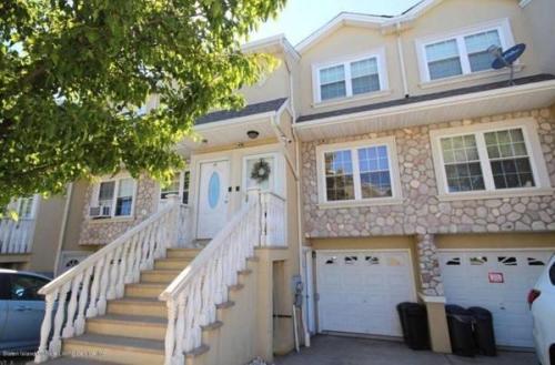111 Dartmouth Loop #3BD HOUSE Photo 1
