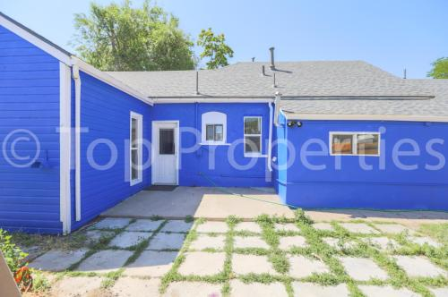 4782 Williams Street Photo 1