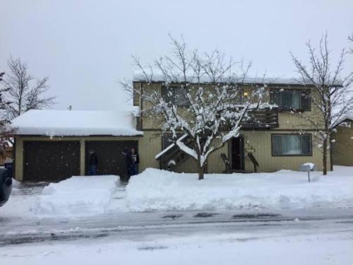 513 W Brown Avenue Photo 1