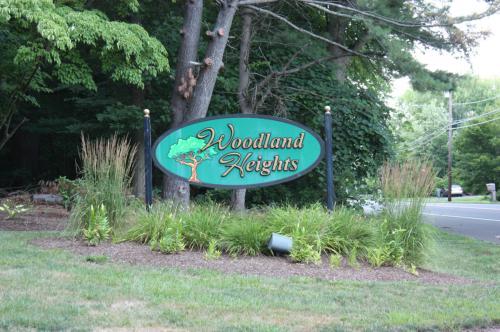 77 Woodland Drive Photo 1