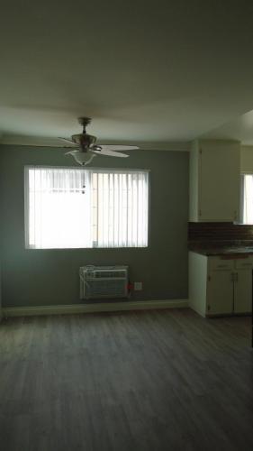 8757 Owensmouth Avenue #5 Photo 1