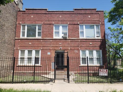 3920 W Huron Street Photo 1