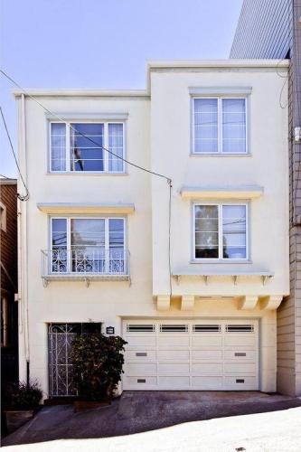 1358 Cole Street Photo 1