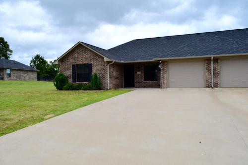 13332 Country Meadow Lane Photo 1