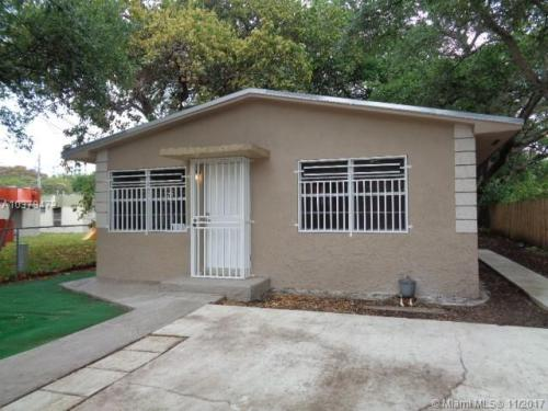 5547 NW 3rd Avenue #2 Photo 1