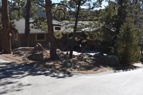 313 Pauls Road Photo 1