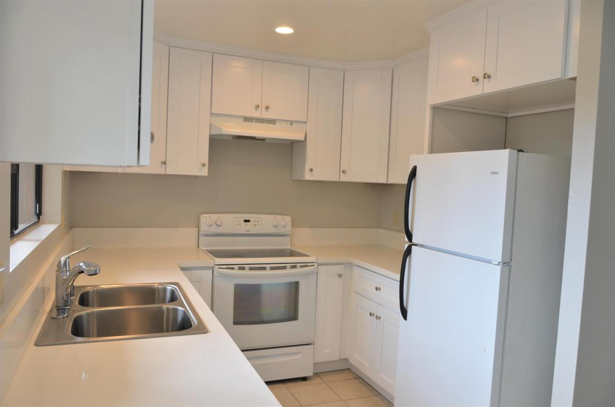 Excellent 9447 Gold Coast Drive Apt G3 San Diego Ca 92126 Hotpads Complete Home Design Collection Barbaintelli Responsecom