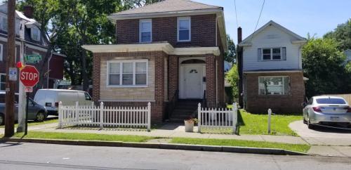 534 S Franklin Street Photo 1
